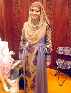 Model Hijab Nuri Maulida Terbaru