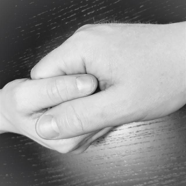 me käsi kädessä