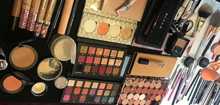 AMYSMAKEUPBOX Makeup Kit