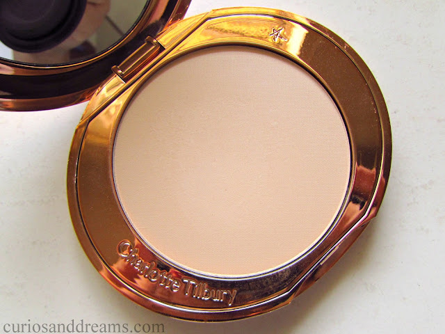 Charlotte Tilbury Airbrush Flawless Finish Skin Perfecting Micro-Powder review