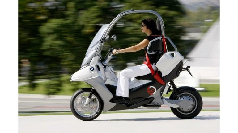 Honda's electric Canopy (Gyro), Japan's only three wheeled ...