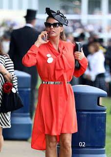 Katie Price Talking On Mobile In Public Place 2