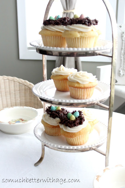 Spring nest cupcakes | somuchbetterwithage.com