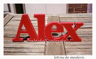 letras de madera infantiles para apoyar Alex babydelicatessen