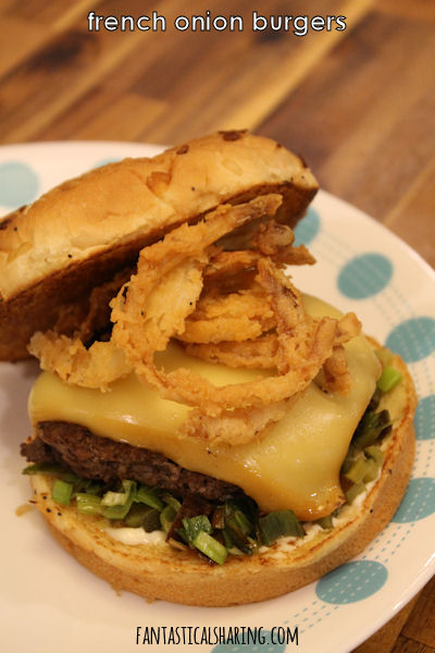 French Onion Burgers #recipe #maindish #beef #burgers #burger #leeks #gruyere