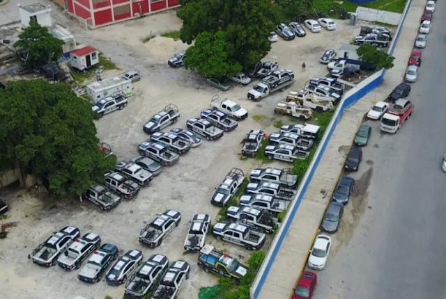 LAS PATRULLAS INSERVIBLES: DESDE EL AIRE, ASÍ LUCE EL 'CEMENTERIO' DE UNIDADES POLICÍACAS