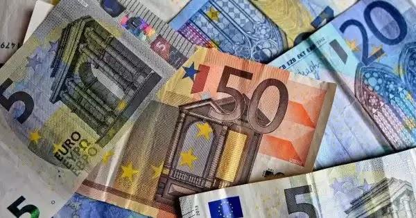 Είκοσι ερωτήσεις και απαντήσεις σχετικά με την καταβολή του επιδόματος των 800 ευρώ
