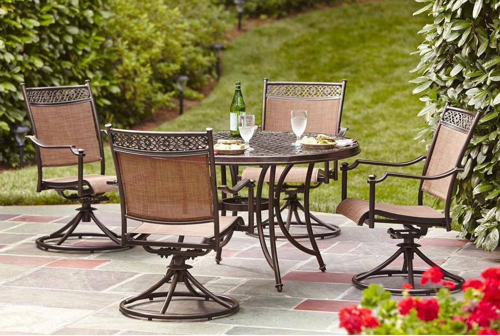 Armand's Rancho Del Cielo: More Furniture
