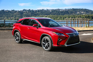 Lexus RX hybrid is roomy, peppy and luxurious
