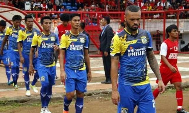 Persiba Balikpapan vs PSM Makasar