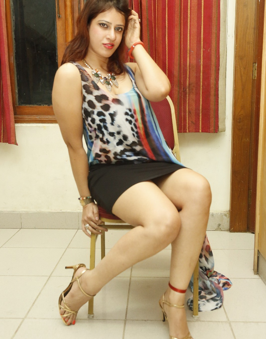 kerala-girls-hot-legs-image-nude-mud-wrestling-videos