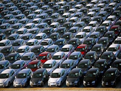 حماية المستهلك|«للمشتري الحق في رد السيارة للبائع دون إبداء أسباب».. وتجار السيارات غاضبون بسبب القانون الجديد