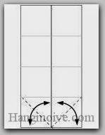 Bước 3: Gấp chéo hai cạnh để tạo nếp gấp sau đó mở ra.