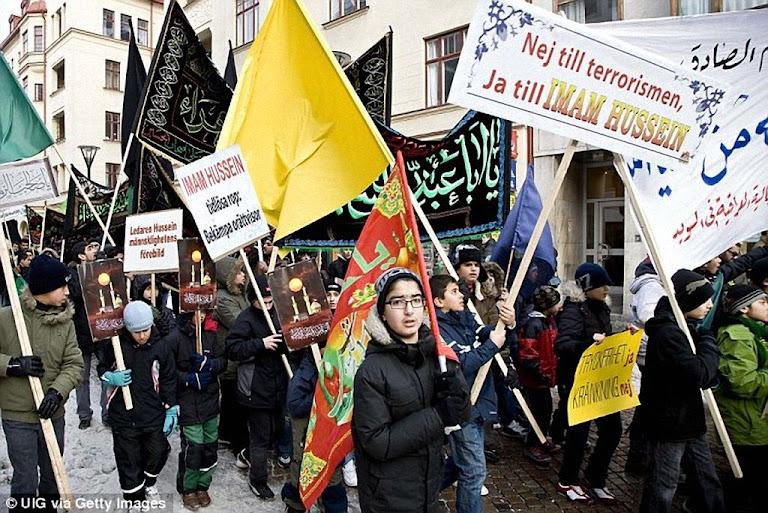 Passeatas islâmicas radicais vem aumentando na Suécia. Foto em Malmo.
