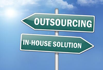 Delapan Fakta Seputar Sistem Kerja Outsourcing