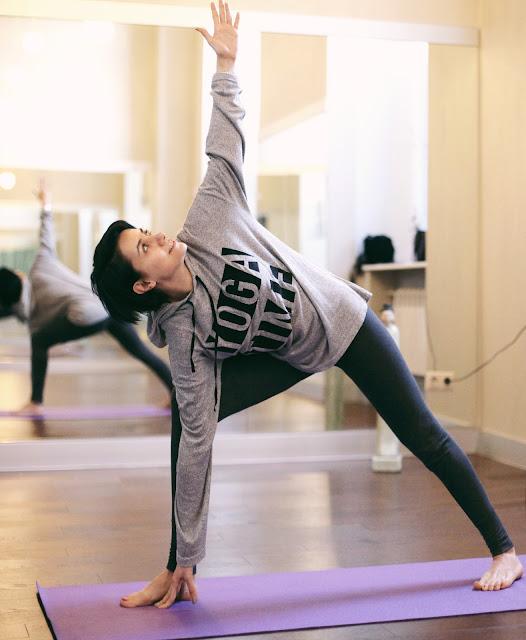 йога, уроки йоги, Анна Мелкумян, блогер, российский блогер, Anna Melkumian, Russian blogger, yoga