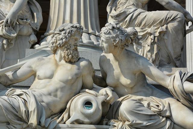 Parliament Vienna gods