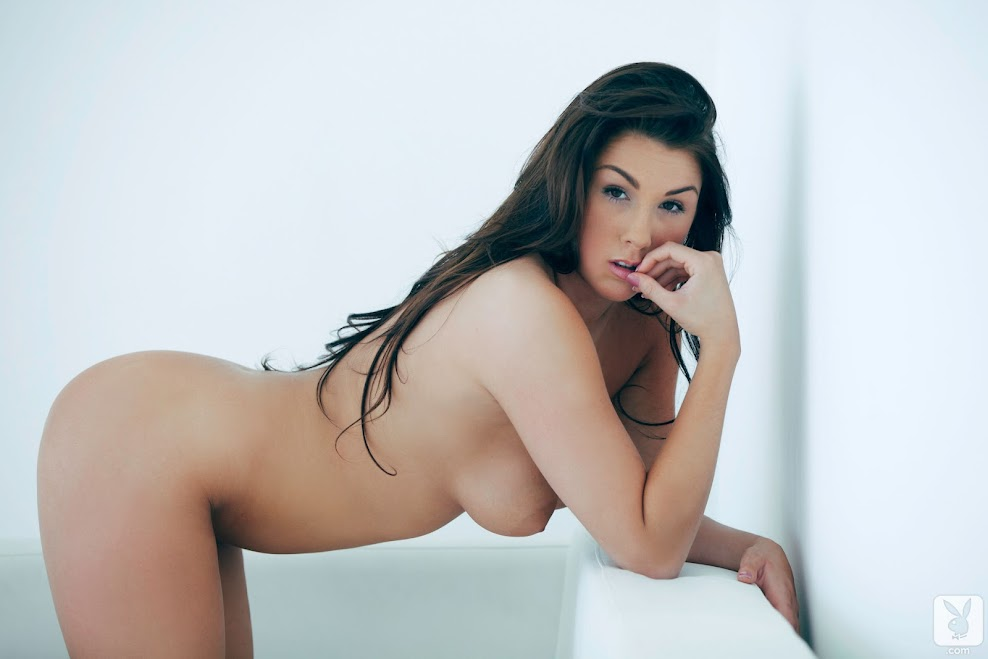 [Playboy Archives] Claedonia - Cotton Got Me Head Over Heels 1588661530_143087_full