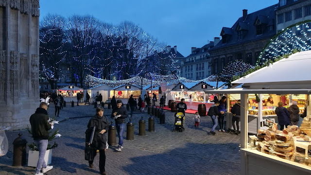 christmas market in france 2016, christmas market in rouen, your guide to christmas market in france