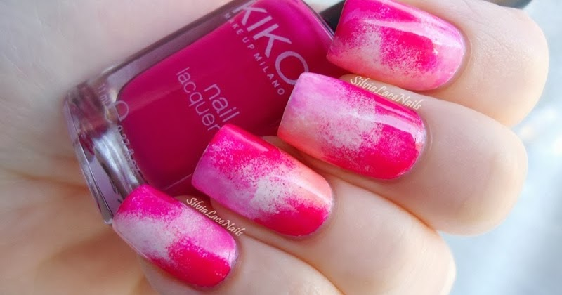 Silvia Lace Nails: Random pink sponging nail art