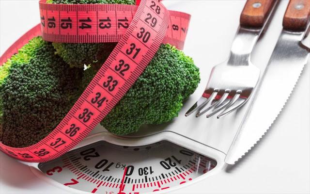 6 τροφές που μπορείτε να τρώτε απεριόριστα χωρίς να παίρνετε γραμμάριο!!