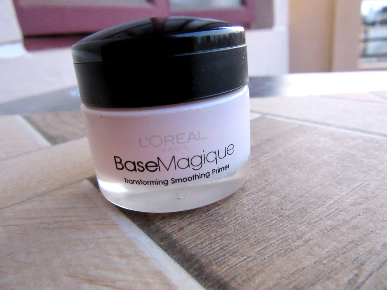 Few Drugstore Makeup Products I Always Repurchase Loreal base magique primer