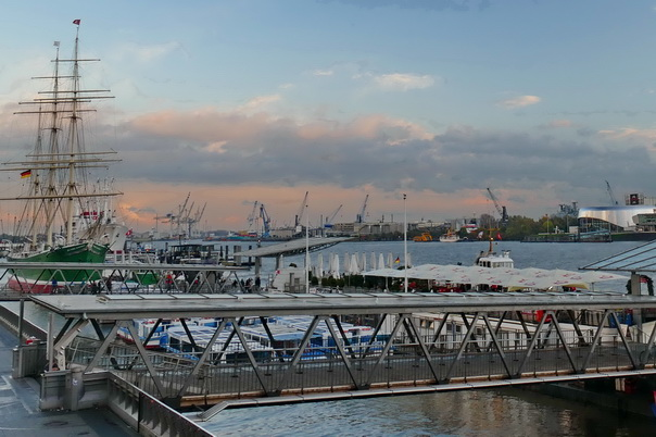 St Pauli, Landungsbrücken, hamburg, hafen, schiffe, Rickmer, Rickmers