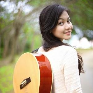 Daiyan Trisha Jatuh Lirik