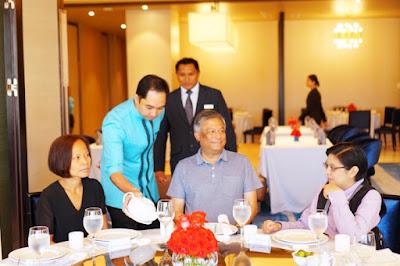 Hai Shin Lou's Alejandro Tengco having lunch with Cebu media
