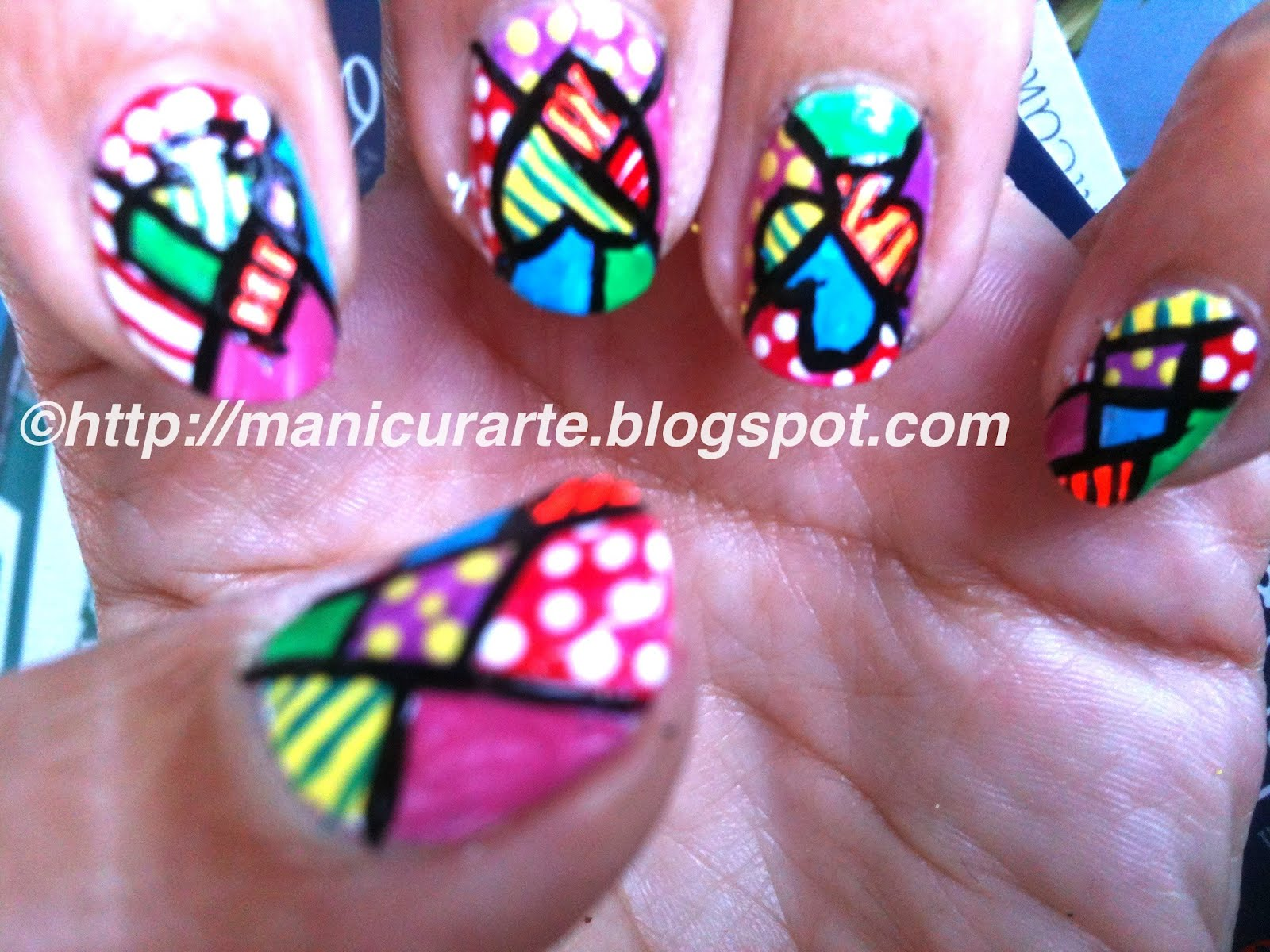 Manicurarte Abstract Nail Art