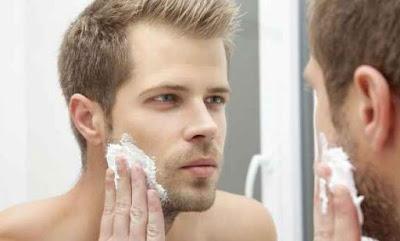 Tips Memilih Produk Pembersih Wajah Pria