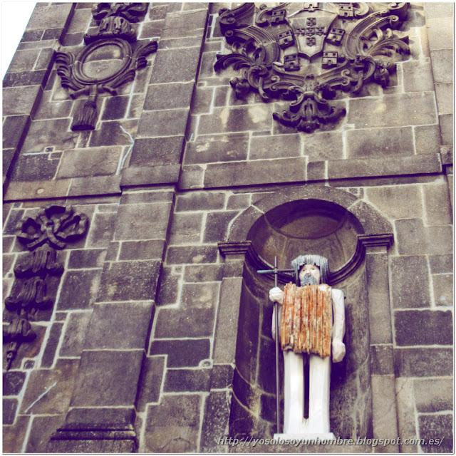 El santo de la plaza de la Ribeira