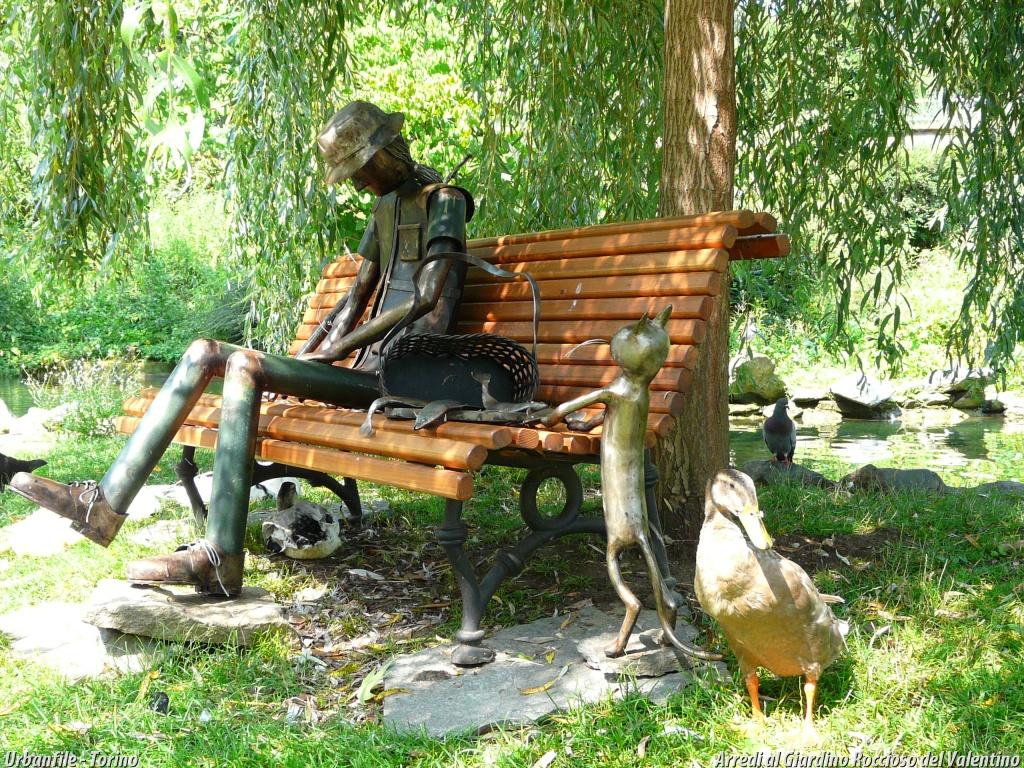 Urbanfile torino arredare un giardino pubblico for Arredo giardino torino