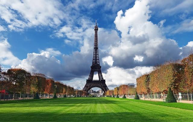 המלונות המומלצים ביותר בפריז ב-2018: המדריך הטוב ביותר ברשת!