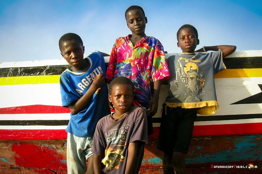 Niños de Gambia