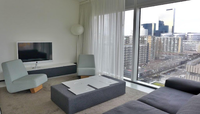 Zona salon en apartamento del apartotel Urban Residences en Rotterdam