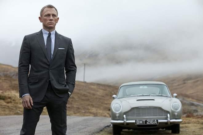 Daniel Craig tiếp tục đảm nhiệm vai điệp viên 007 James Bond - Ảnh 1