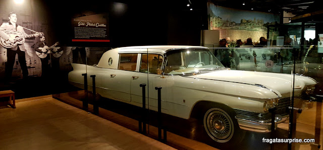 Cadillac de Elvis Presley no museu do Country Music Hall of Fame