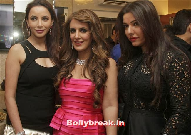 , Aarti Chabria & Pria Kataria Puri at The Cappuccino Collection Store Launch