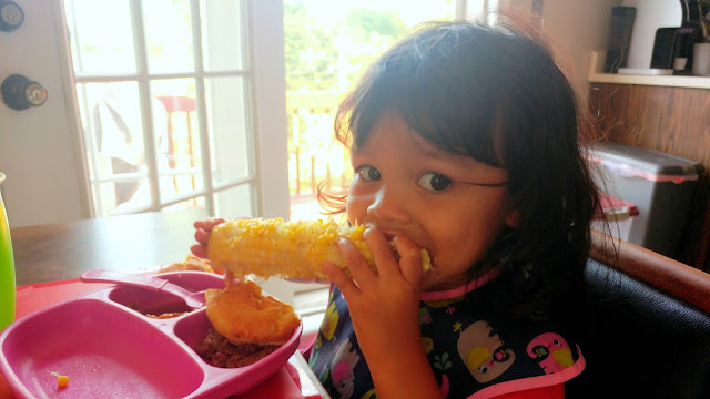 toddler-corn-on-cob-tasteasyougo.com