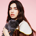 Dua Lipa faz cover de Arctic Monkeys. Assista 'Do I Wanna Know?'