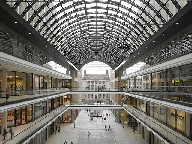Shopping LP12-Mall em Berlim