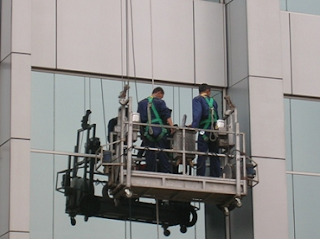 Building Glass Cleaning Services