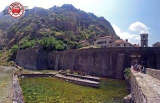 Kotor, Montenegro - Puerta del río