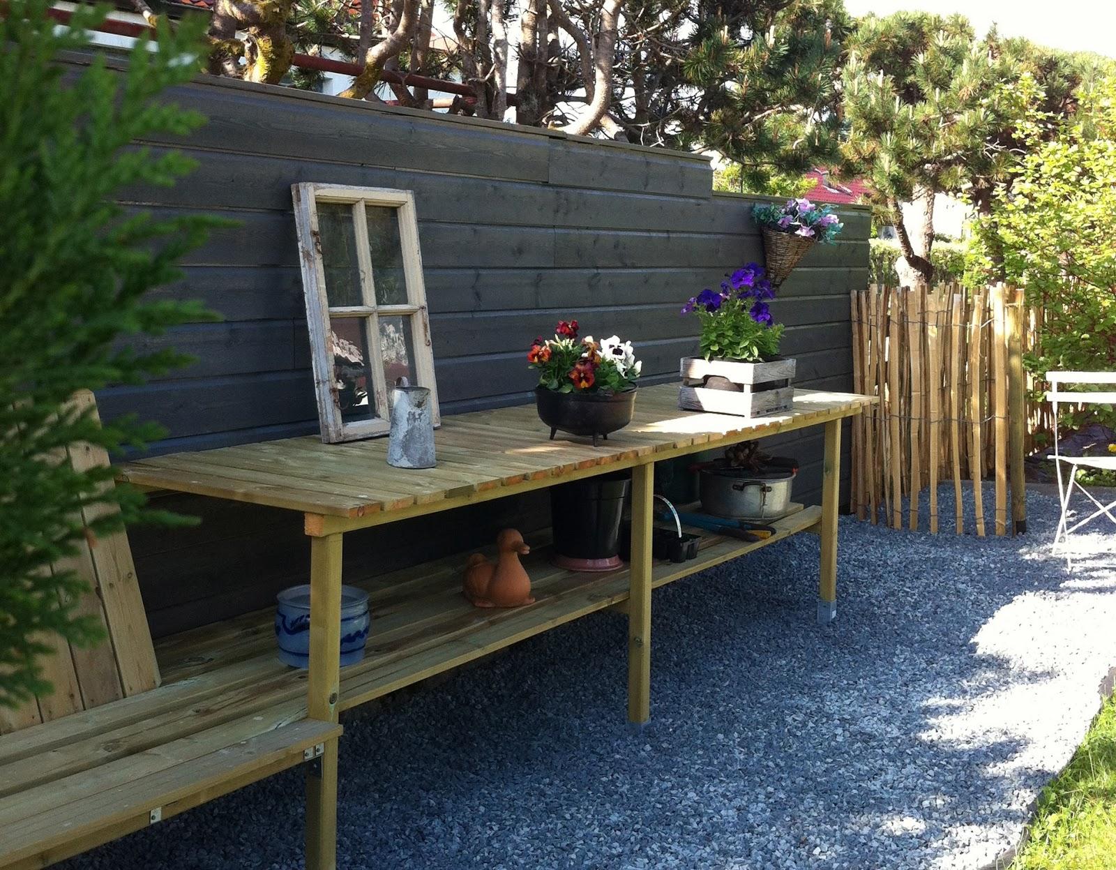 Seriøst Liv og Gus i hytte og hus: Mer arbeidsbenk i hagen! GH-13