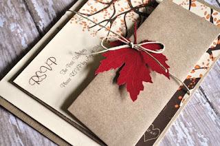 invito fai da te con foglie di carta