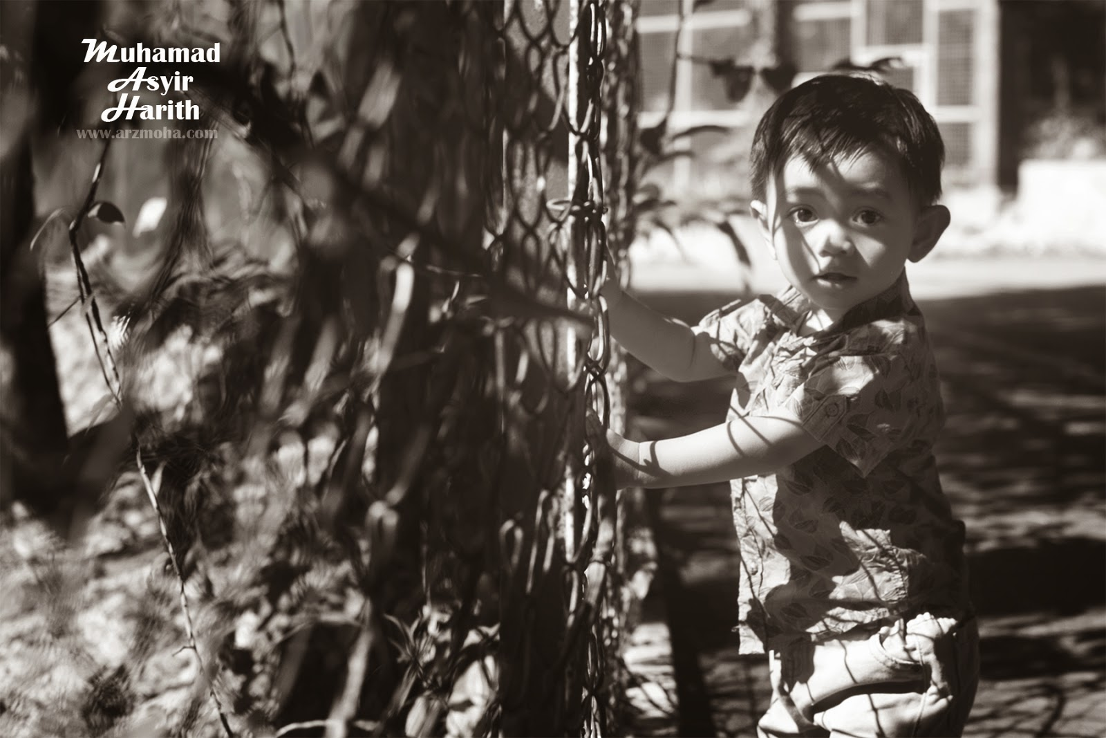 Asyir, Harith, Kids, boy, Black and White, Photoshoot, gambar cantik