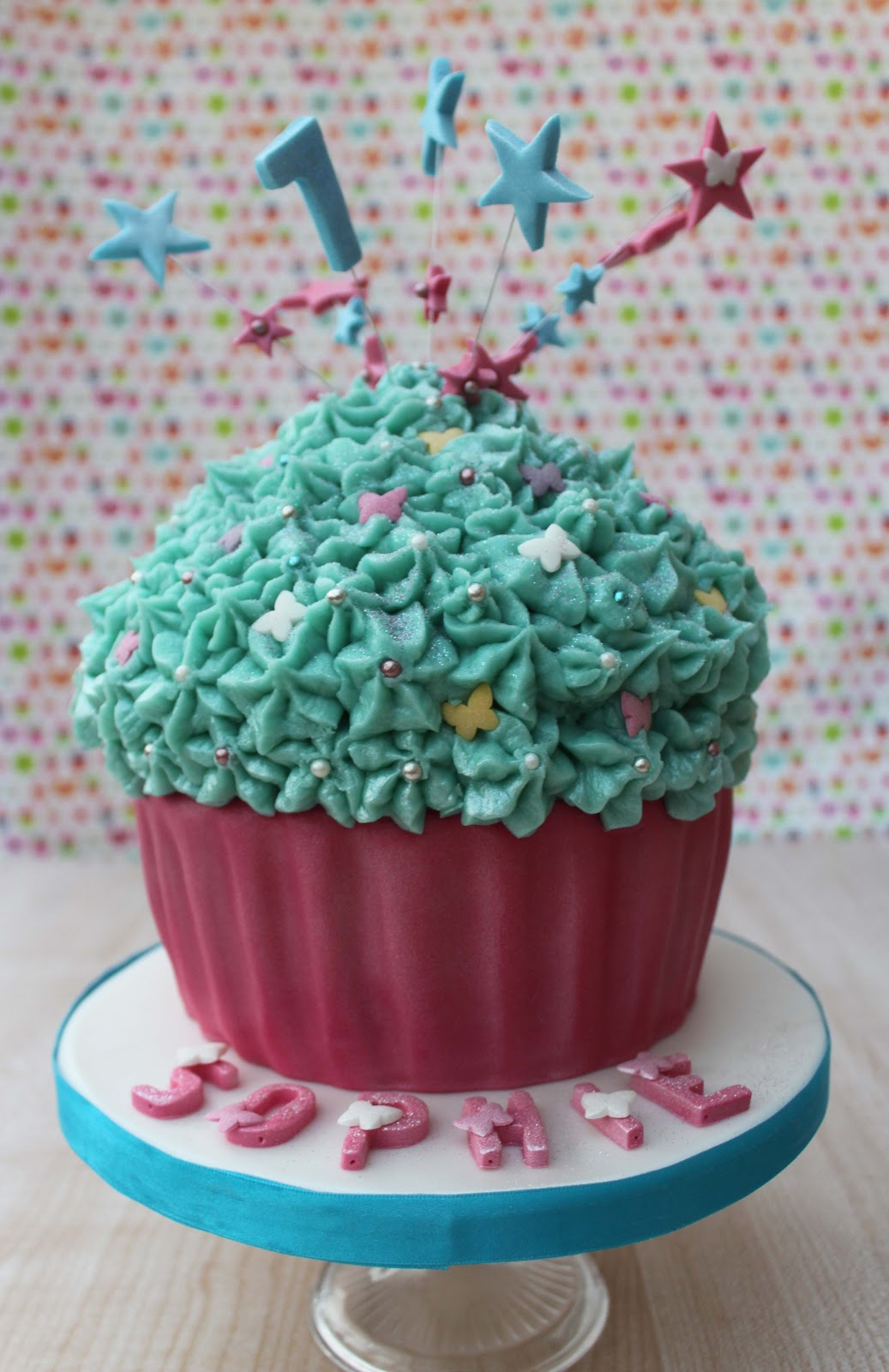 Snowballs In Summer Cupcake Birthday Party The Giant