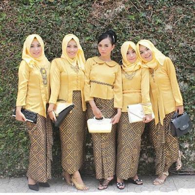 contoh model kutubaru kuning hijab rok batik solo