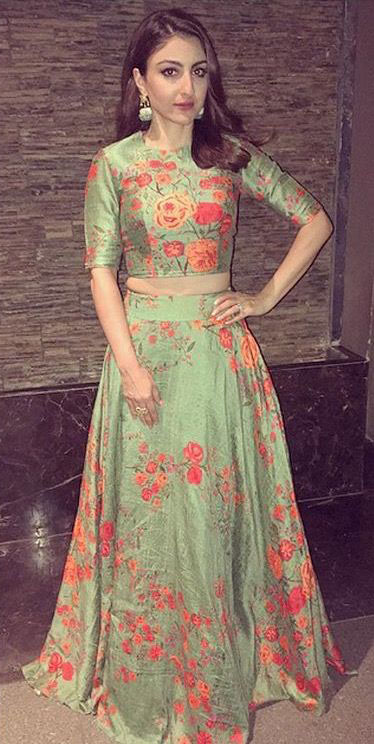 Soha Ali Khan in Saakshi Kinni Outfit for an Event